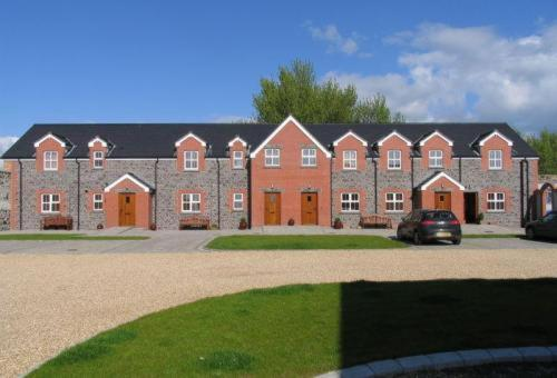 Stable Court Photo
