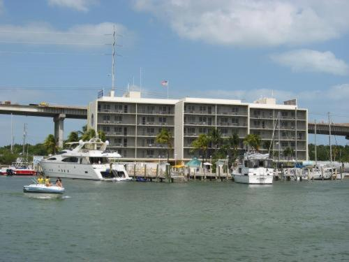 hotels key largo florida. Set on the beach in Key Largo,