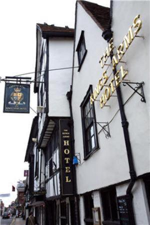 The Kings Arms Hotel Photo