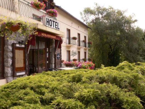Hotels Ax-Les-Thermes