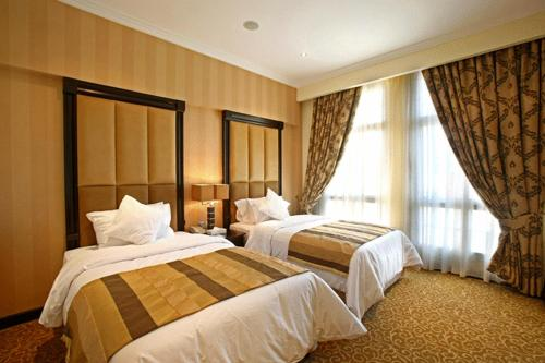 about London Suites Hotel info
