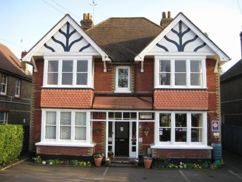 Rosemead Guest House in Horley, Surrey, South East England