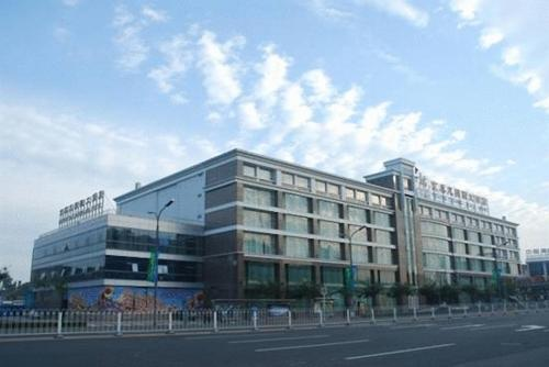 about Beijing Tailong Plaza Hotel info
