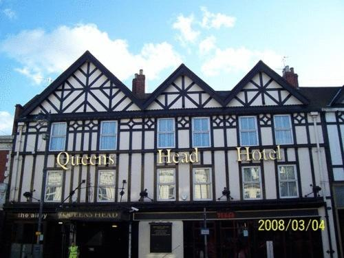 The Queens Head Hotel in Morpeth, Northumberland, North East England