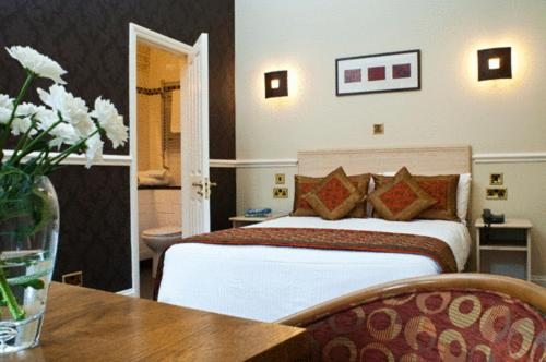 Upton Park Hotel in Slough, Berkshire, Central England