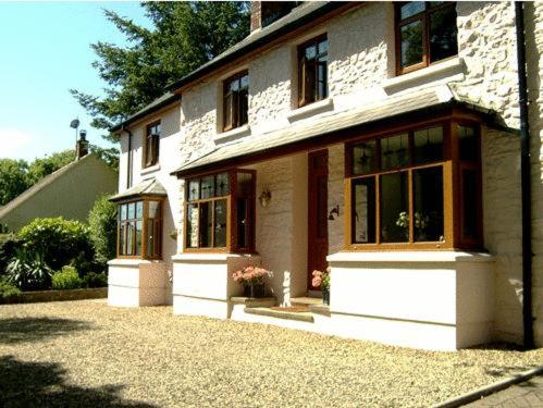 Ty Rhosyn Guest House in Wolfscastle, Dyfed, South Wales