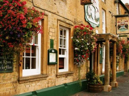 Redesdale Arms Hotel in Moreton-in-Marsh, Gloucestershire, South West England