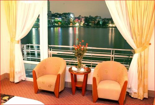 about Hanoi Lakeview Hotel info