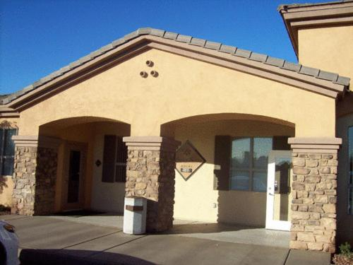 Legacy Suites Tolleson Photo