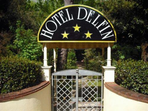 about Hotel Delfin info