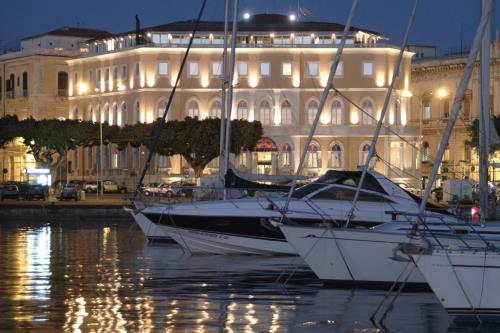 Grand hotel ortigia siracusa low rates no booking fees for Grand hotel siracusa