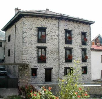 Photo de Apartamentos Casa Isabale