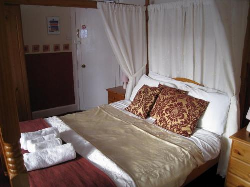 Clovelly Guest House in Torquay, Devon, South West England