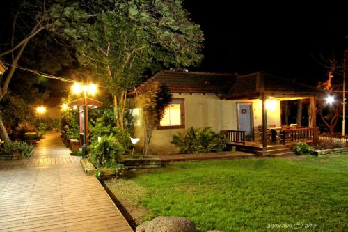 Golan Rooms At Sagi Family Country Lodging Photo