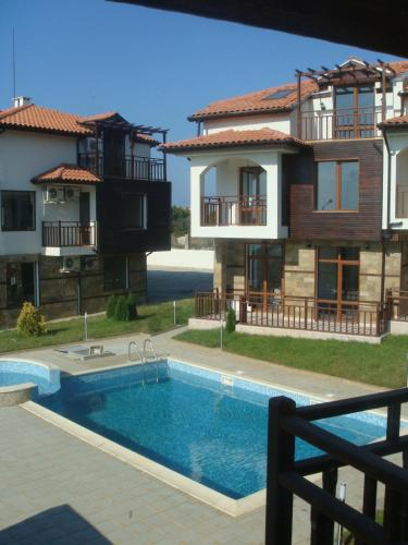 Villa Karen Private Apartments Photo