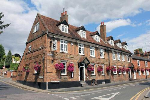 The Black Lion Inn in St Albans, Hertfordshire, Central England