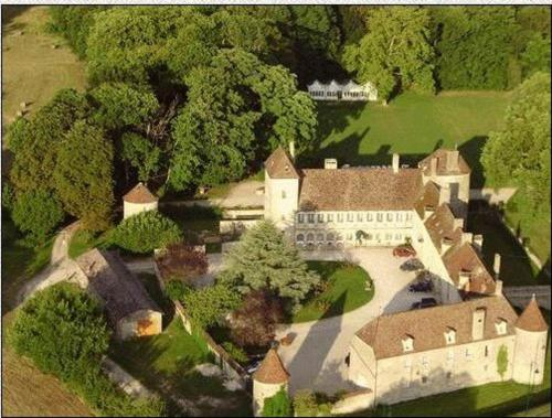 Chateau De La Berchere Photo
