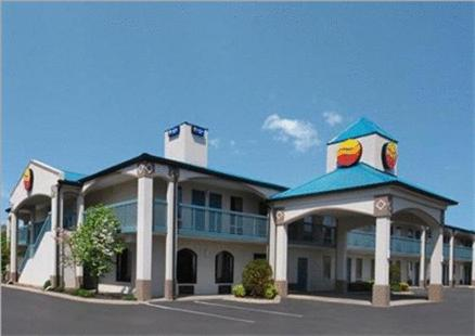 Comfort Inn Gallatin Photo