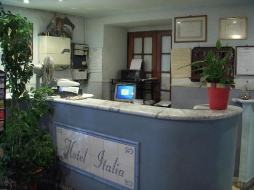 online booking Imperia lodging Hotel Italia