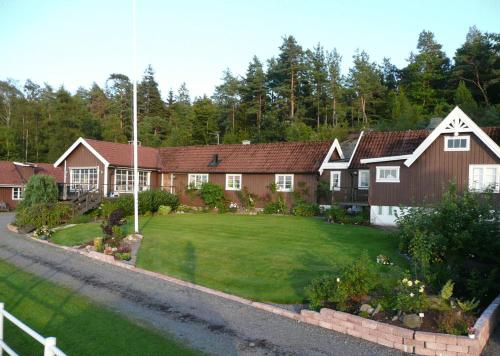 Hilmersgården Bed & Breakfast Photo
