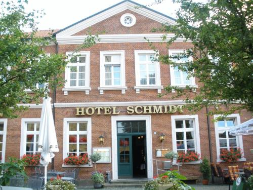 Hotel Schmidt Photo