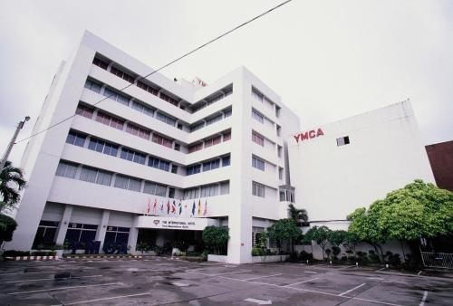 The International Hotel Chiang Mai (YMCA) Photo