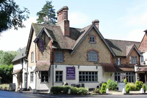 The Pride Of The Valley Hotel in Frensham, Surrey, South East England
