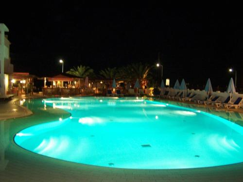 Ninos On The Beach Hotel Photo