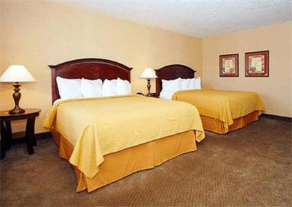 Quality Inn & Suites Portland Airport Photo