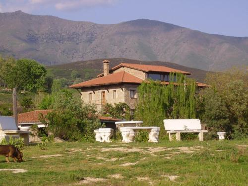 Photo de Casa Rural Ropino