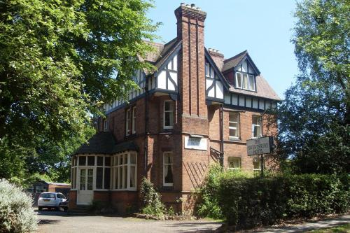 Awentsbury Hotel in Birmingham, West Midlands, Central England