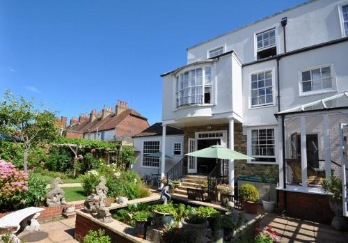 Thanington Hotel in Canterbury, Kent, South East England