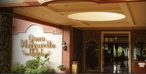 Queen Margarette Hotel Photo