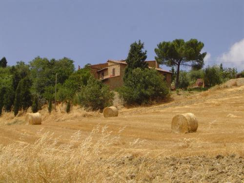 online booking Pienza lodging Agriturismo Il Colombaiolo