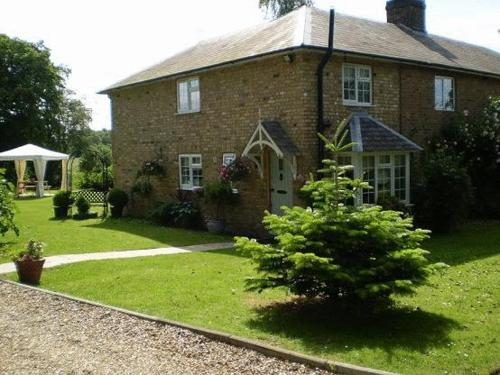 Cole Green Cottages B&B in Hertford, Hertfordshire, West England