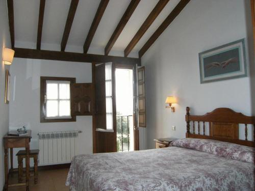 Picture of Apartamentos El Cardeo