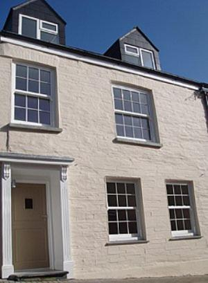 Padstow Breaks – Duke House Apartments in Padstow, Cornwall, South West England