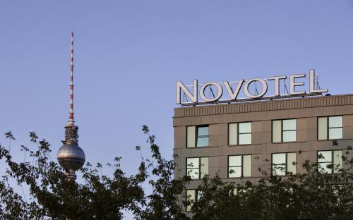 Novotel Berlin Mitte Photo