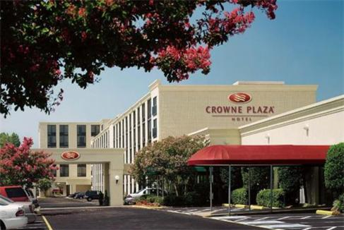 Crowne Plaza Hotel Richmond West Photo