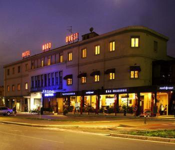 Hotel Nord Ovest Photo