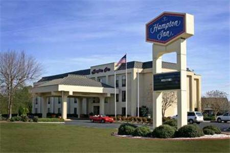 Hampton Inn Laurinburg Photo