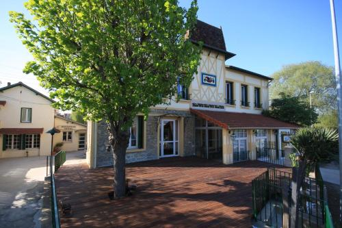 Hotels Carrieres Sous Poissy
