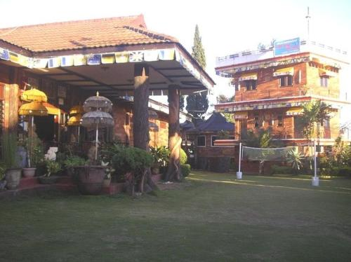 Country Hotel Trawas Photo