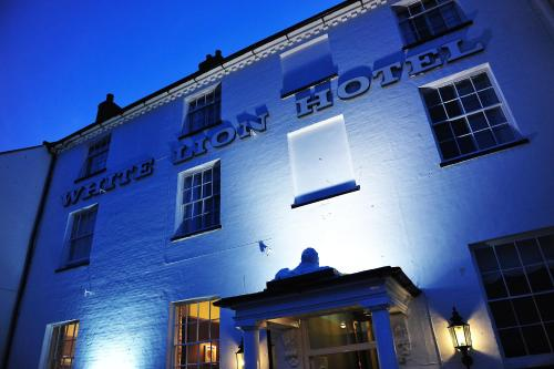 The White Lion Hotel in Aldeburgh, Suffolk, East England