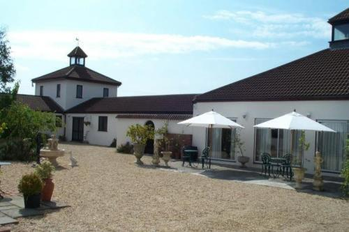 Coxley Vineyard Hotel Limited Photo