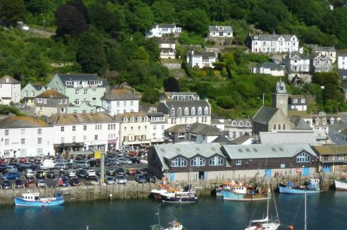 Looe View Apartment in East Looe, Cornwall, South West England