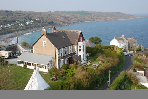 YHA Coverack Photo