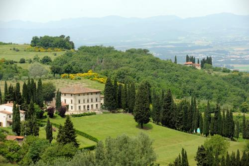 online booking Vicchio lodging Villa Campestri Olive Oil Resort