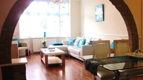 P&J Serviced Apartments in Nottingham, Nottinghamshire, Central England