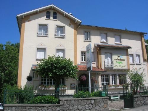 Hotels Ax Les Thermes